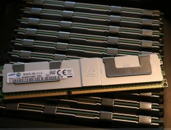 New for 32G 4Rx4 PC3-14900L 708643-B21 715275-001 712384-081 ram